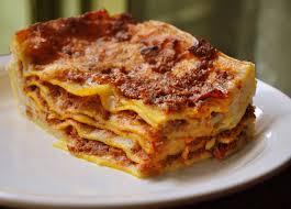 Ricetta Lasagne Fatte In Casa.Lasagne Fatte In Casa Tute Le Domeniche Pizzeria 50
